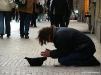 Người ăn xin và kỹ năng kiếm sống